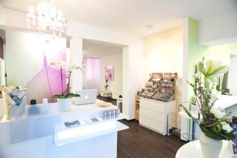 Aveda Haarzeit Friseur Salon Stuttgart Denni Jasar